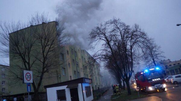 pożar mieszkania, pożar mieszkania kk, pożar bloku, pożar w kędzierzynie, pożąr mieszkania w Kędzieżynie-Koźlu, pożar groźny, straż,