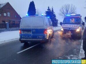 Grupa mężczyzn szalała na quadach, doszło do wypadku. Jeden z mężczyzn został zabrany do szpitala.