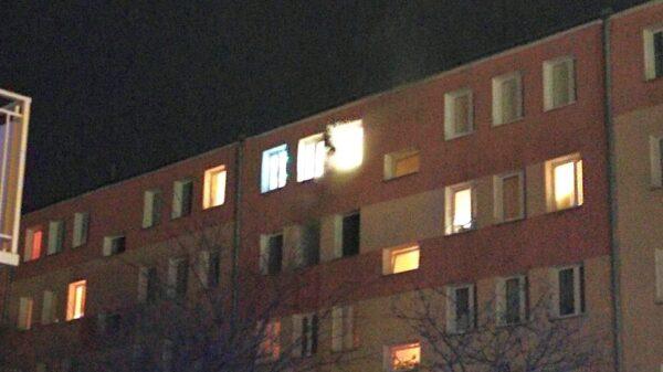 pożar mieszkania, pożar mieszkania brzeg, pożar w brzegu, spalone mieszkanie, gaszenie mieszkania, gaszenie mieszkania brzeg, brzeg pożar mieszkania,