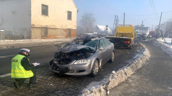 Wypadek na dk46 Opole-Nysa w miejscowości Sidzina (Wideo)