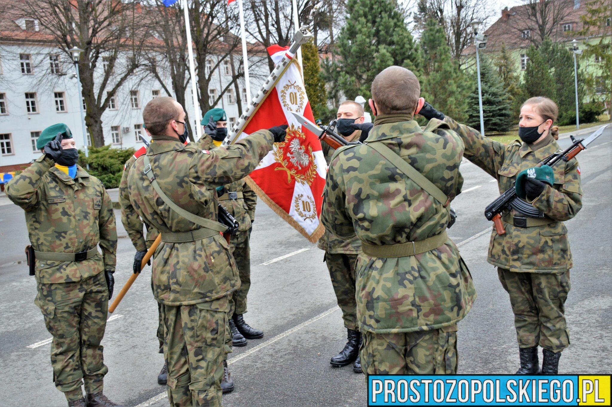 Przysięga wojskowa w 10 Brygadzie Logistycznej.(Zdjęcia)