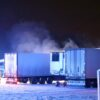 Pożar warsztatu samochodowego w Chróścinie. Jeden ze strażaków został ranny i zabrany do szpitala.(Zdjęcia)