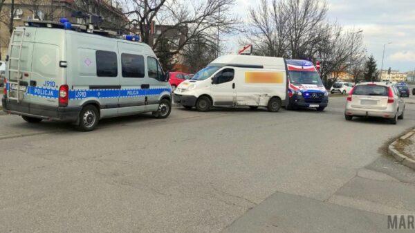 Kurier busem potrącił w Opolu dwie kobiety jadące hulajnogami