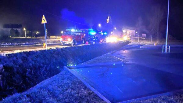 wypadek wypadek w Prószkowie, wypadek koło Prószkowa, zderzenie 2 samochodów, zderzenie 2 aut, wypadek pod Prószkowem, policja w Prószkowie, straż wypadek Prószków, Zderzenie dwóch aut na głównej drodze w Prószkowie koło Opola.(Zdjęcia)