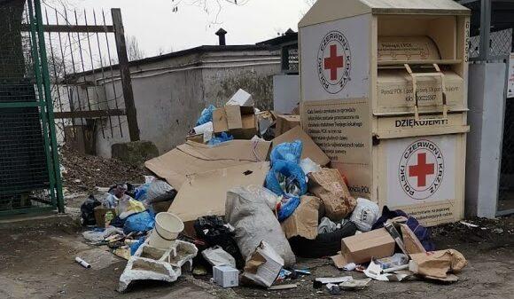 Sterty śmieci w centrum Opola.(Zdjęcia)