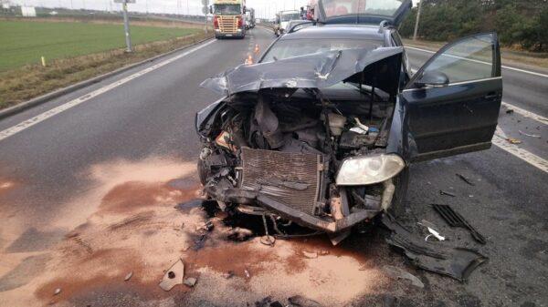 Wypadek na obwodnicy Opola na wysokości Turawa Park.(Zdjęcia)