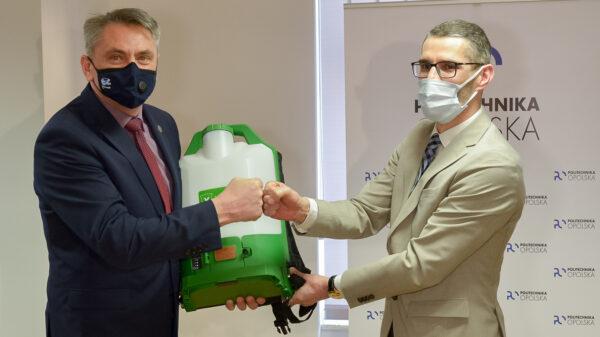 Koronawirus. Politechnika otrzymała nowoczesny sprzęt do dezynfekcji.(Zdjęcia)