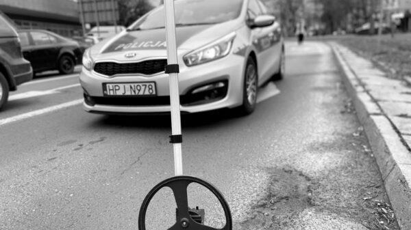Wypadek śmiertelny na DK45 w Lasowicach Wielkich.