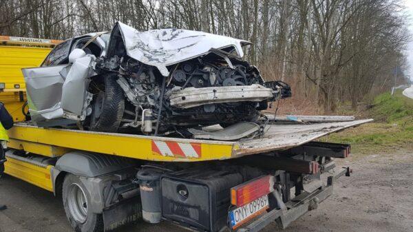 Wypadek śmiertelny w Białej Nyskiej. Kierowca blisko 4 promile alkoholu.śmierś, śmiertelny, wypadek śmiertelny, śmierć pijak, śmierć alkohol,