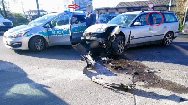 23-latek pod wpływem alkoholu doprowadził do wypadku drogowego w centrum Opola.(Zdjęcia&Wideo)