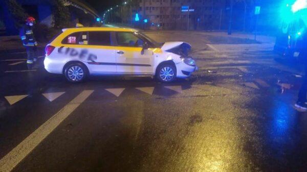 Zderzenie taksówki z MAN-em na rondzie w Opolu.(Zdjęcia&Wideo)