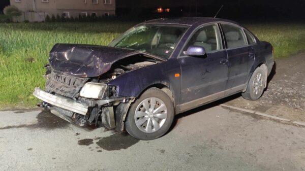 Spowodował wypadek i uciekł z miejsca zdarzenia. Policjanci szukają sprawcy.(Zdjęcia)
