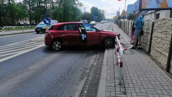 Tuż przed godziną 15:00 w Zawadzie na DK 45 Opole-Kluczbork doszło do kolizji dwóch