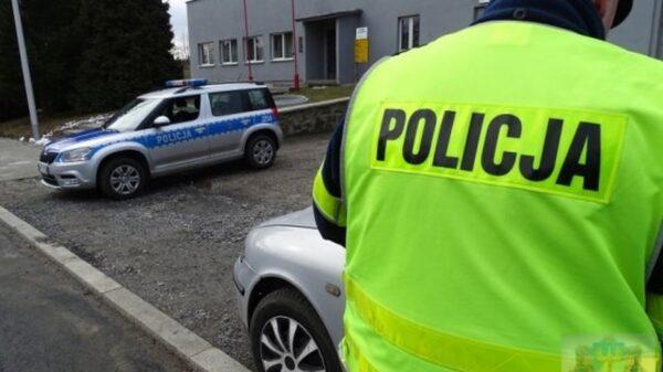 NIETRZEŹWI KIERUJĄCY W RĘKACH NYSKICH POLICJANTÓW