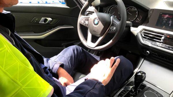29-latek jadący bmw stracił uprawnienia na 3 miesiące za zbyt szybką jazdę.