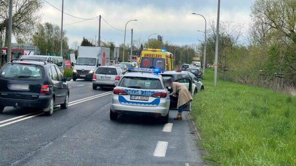 Zderzenie 7 aut na ul. Wrocławskiej w Opolu, koło komisów samochodowych.(Zdjęcia&Wideo)