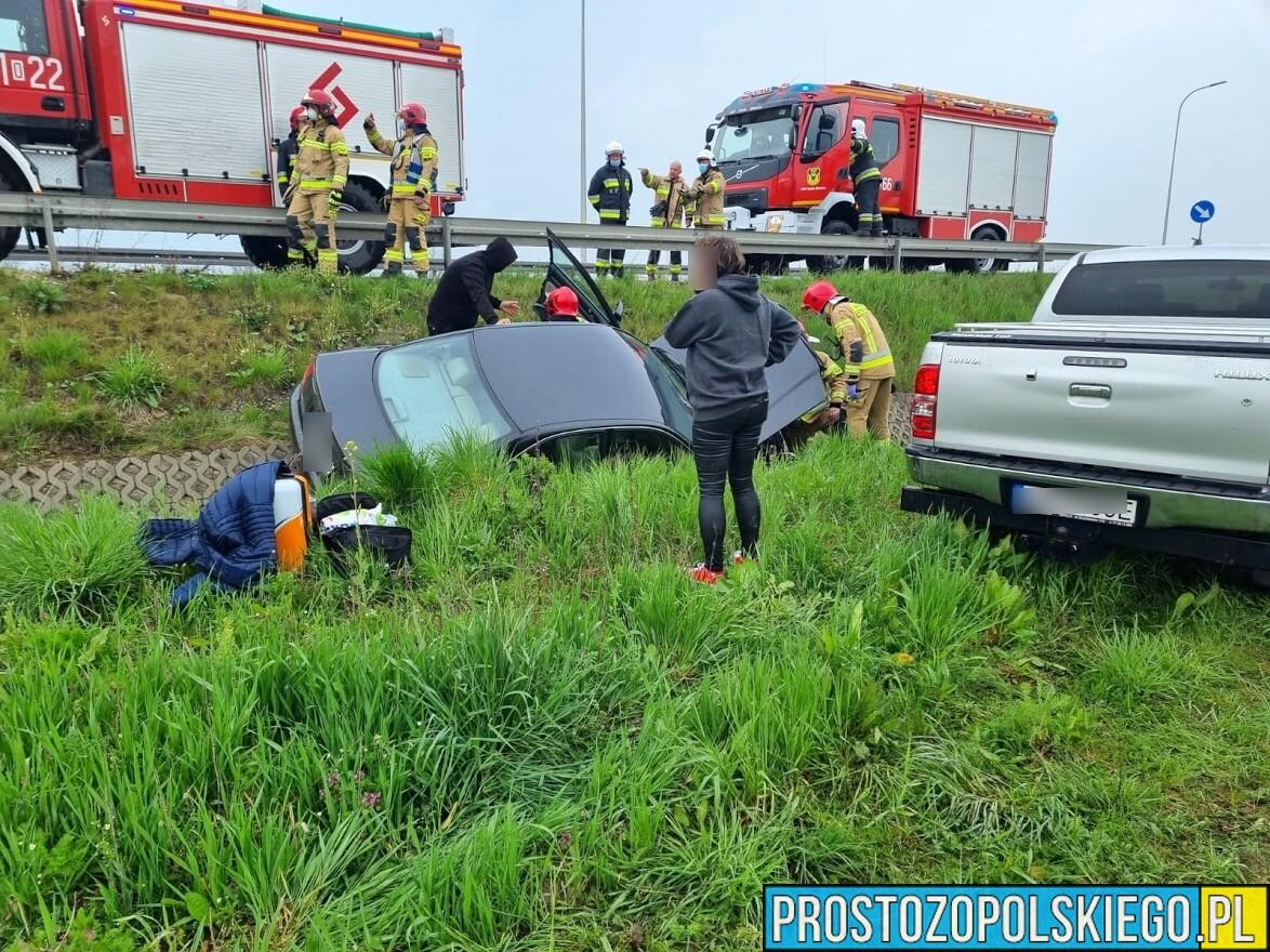Niebezpieczny poranek na opolskich drogach.(Zdjęcia)