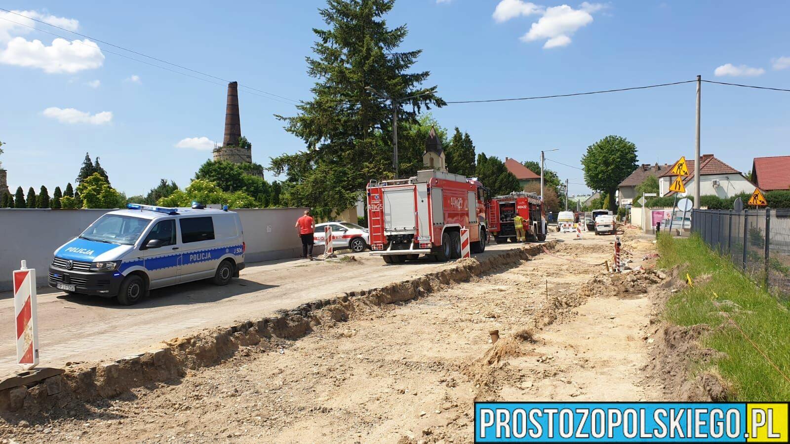 Ewakuacja mieszkańców z powodu wycieku gazu na jednym z osiedli w Krapkowicach.