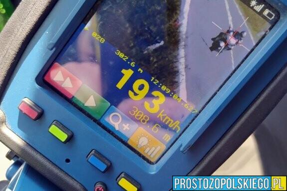 51-latek jechał motocyklem blisko 200 km/h