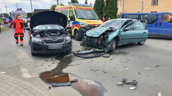 Zderzenie na skrzyżowaniu w Węgrach.(Wideo&Zdjęcia)