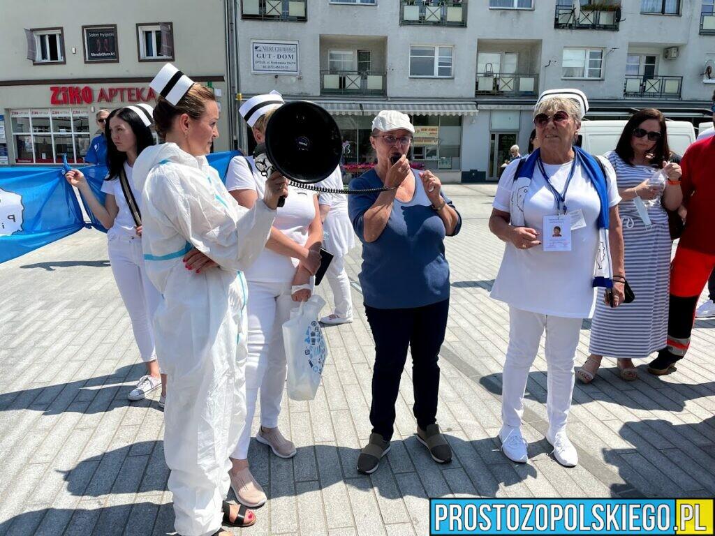 Strajk ostrzegawczy pielęgniarek i położnych w Opolu!
