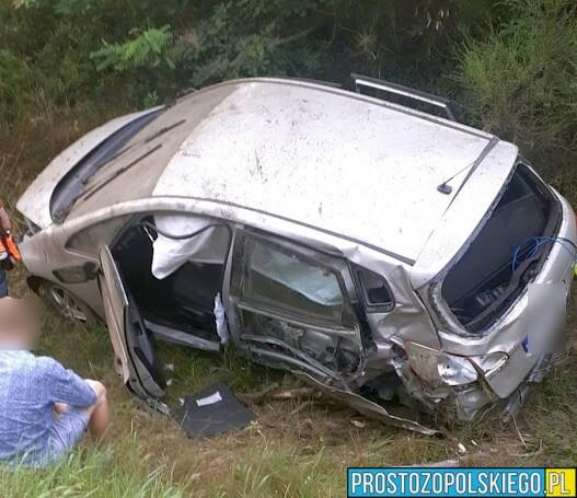 Dachowanie auta w na dw414 Opole-Prudnik.(Nagranie z kamerki samochodowej)