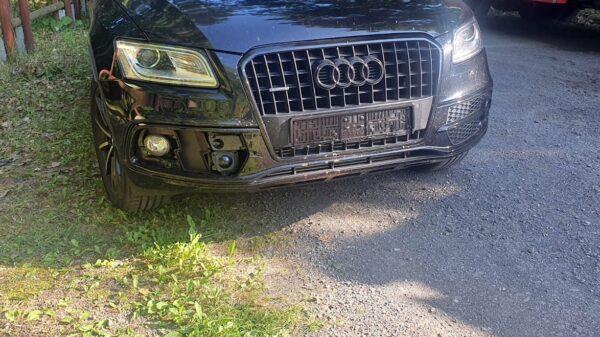 Zderzenie 4 aut w miejscowości Jełowa. Z jednego auta odpadła tylko tablica rejestracyjna. Na miejsce zadysponowano 3 zastępy straży, 2 radiowozy ,karetkę i LPR.