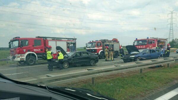 Wypadek na opolskim odcinku autostrady A4 w kierunku Wrocławia. Na miejscu lądował LPR.