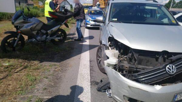 Motocyklista zderzył się z autem na obwodnicy Opola.(Zdjęcia)