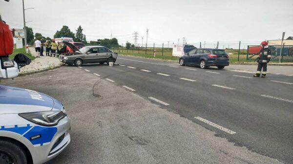 Po godzinie 15:00 doszło do zdarzenia drogowego na ul. Oleśnickiej w Namysłowie. To