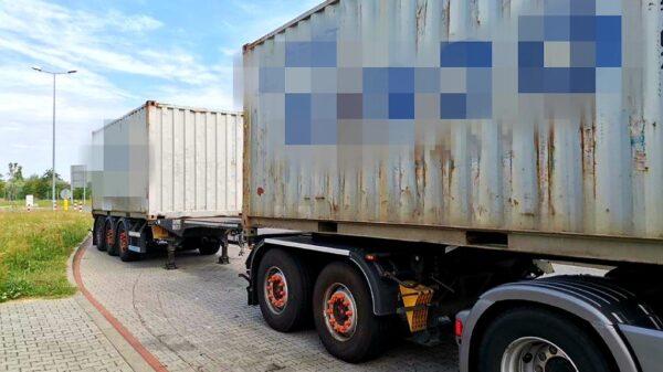 Kierujący tirem przekroczył dopuszczalną masę o... 23 tony.(Zdjęcia)