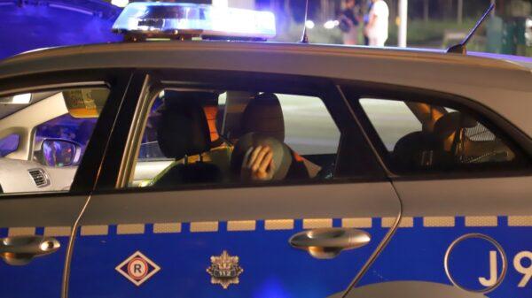 Zderzenie dwóch samochodów na ul. Niemodlińskiej w Opolu. Kierujący miał prawo jazdy 3 miesiące i był nietrzeźwy .(Zdjęcia)