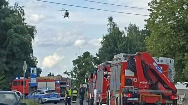 Zderzenie motocyklisty z autem. Rannego mężczyznę LPR Ratownik23 zabrał do szpitala w Opolu.(Zdjęcia)
