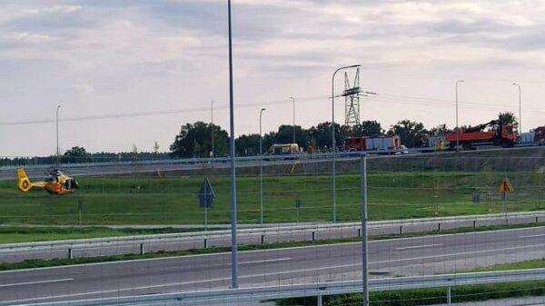 Pierwszy wypadek na nowej obwodnicy Niemodlina. Rannego motocyklistę zabrał LPR Ratownik23.(wideo)