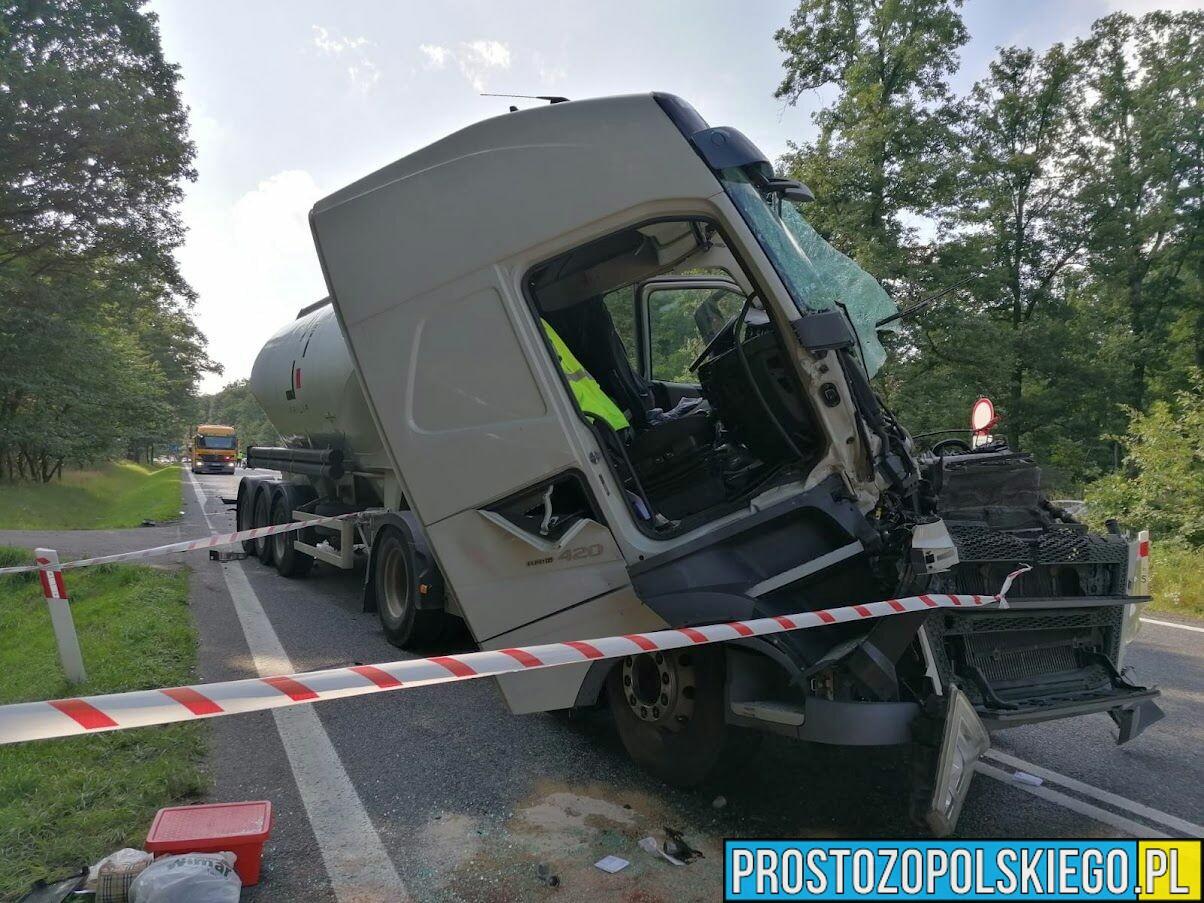 Zderzenie dwóch ciężarówek na dk46 w Dąbrowie.(Wideo)