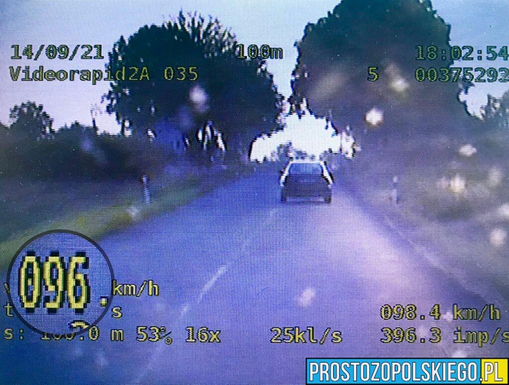 Przez prędkość 41-latka straciła prawo jazdy na 3 miesiące.