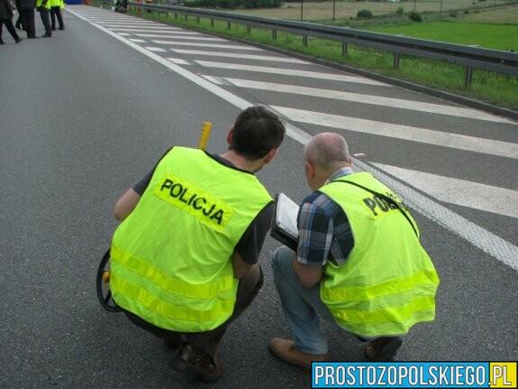 Policjanci poszukują świadków zdarzenia z udziałem nietrzeźwego kierowcy.