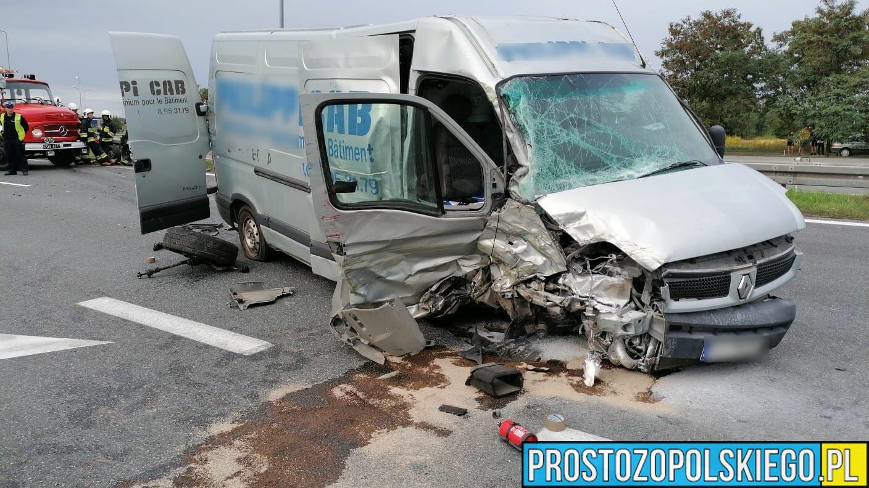 Zderzenie ciężarówki z busem na autostradzie A4. Lądował śmigłowiec LPR.(Wideo)