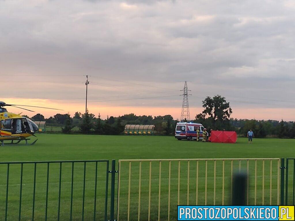 Na meczu piłki nożnej w Kruszynie zasłabł zawodnik. Reanimacja trwała 45 minut. Mężczyzna został zabrany LPR-m do szpitala.(Wideo)