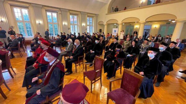 Na Politechnice Opolskiej uroczyście zainaugurowano nowy rok akademicki