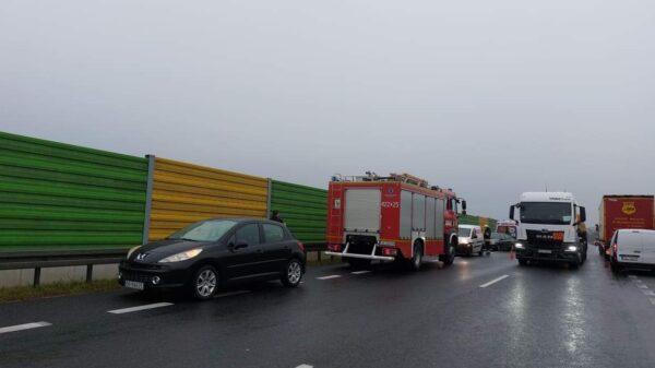 Karambol 5 aut na obwodnicy Kędzierzyna-Koźla.