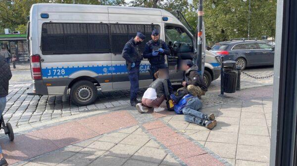 Mężczyzna upadł w centrum Opola. Ludzie nie byli obojętni.