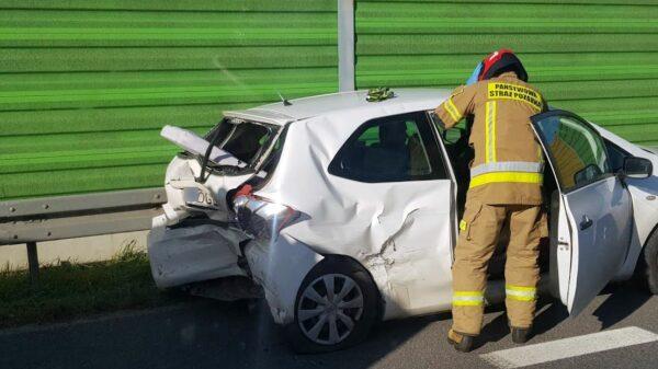 Zderzenie 3 aut na obwodnicy Kędzierzyna Koźla .(Zdjęcia)